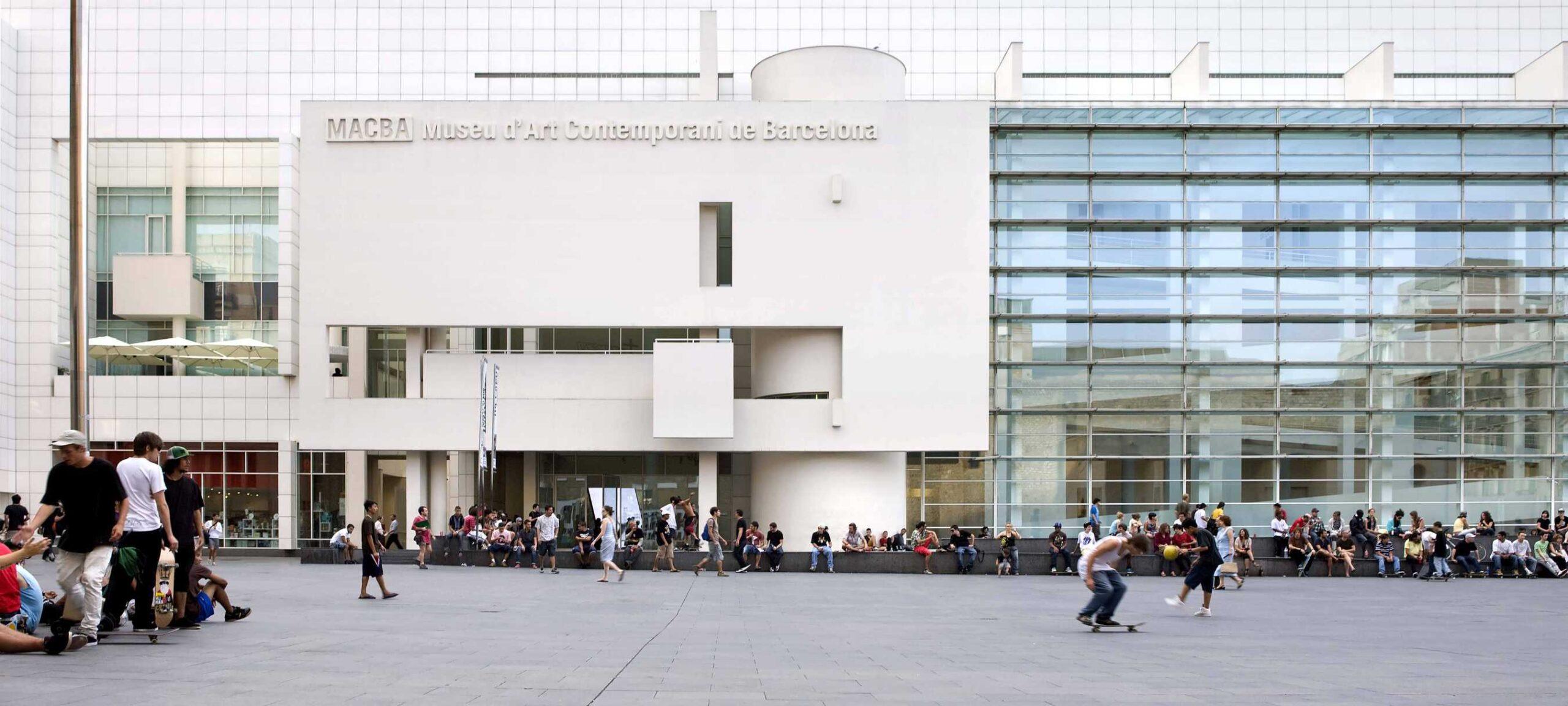 ART_MACBA_Barcelona-creating-new-space-Rafael-Vargas-3005